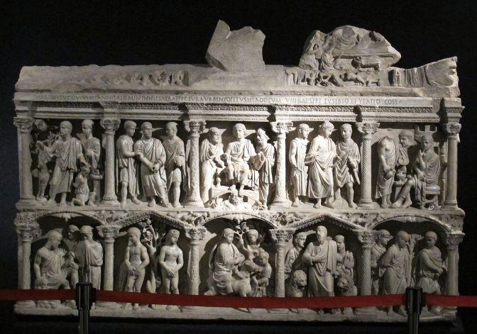 1280px-tesoro_di_san_pietro2c_sarcofago_di_giunio_basso