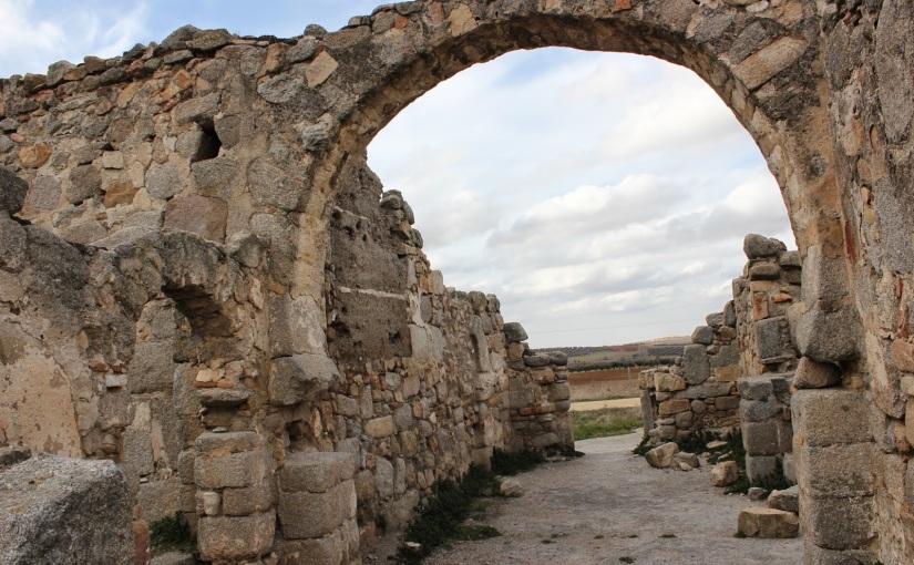 "Reseña de Arqueología e Historia Desperta Ferro ""Visigodos en Hispania"". Identidad interna yexterna"